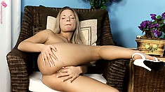 Stunning blonde puts on display her heavenly body and her love for masturbation