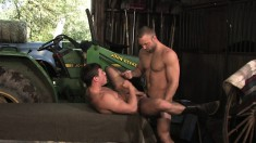 Lustful young guy seduces a muscled cowboy to punish his tight butt