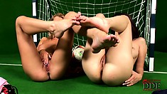 Foot-fetish bitches are playing with each other in a green room