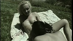 Beautiful lesbians Alexandra Beck and Dianne Sabbeth fulfill their needs in the outdoors